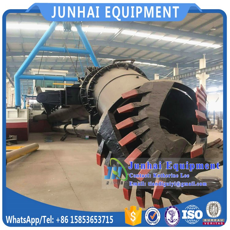 18 Inch Large Cutter Head Drag Suction Dredger for River Dredging and Desilting