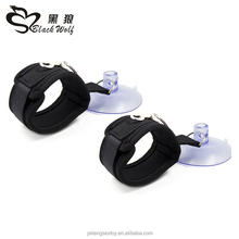 Hen Party Adult Toys Fluffy Sex Toys Handcuffs with Sucker