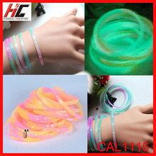 wholesale top sell girls silicone bracelet silicone bands glow in the dark