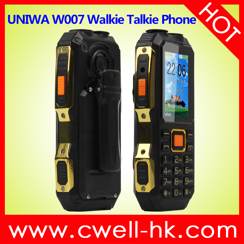 UNIWA <strong>W007</strong> 2.4 Inch TFT Screen Dual SIM Card UHF GSM Walkie Talkie Mobile Phone