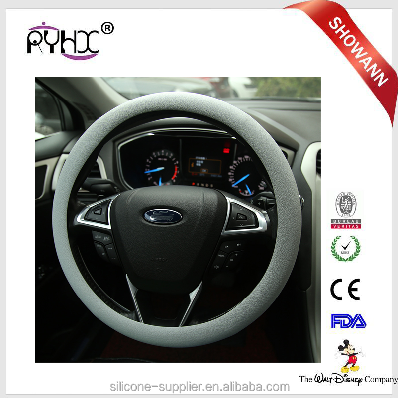Factory Wholesale Superior Massage Sport Grip Slip-On Silicone Plastic Steering Wheel Cover