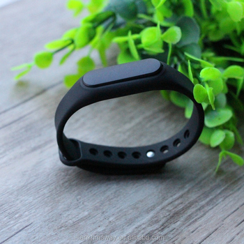 Wearable Programmable Bluetooth Beacon Bracelet With Accelerometer