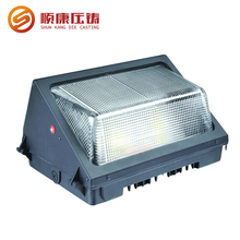2017 outdoor new shape long lifetime high density die-casting wallpack light price aluminum IP73 led wall pack