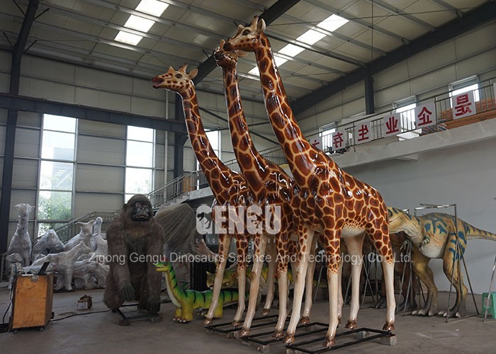 Garden Decoration Realistic Animal Giraffe Sculpture