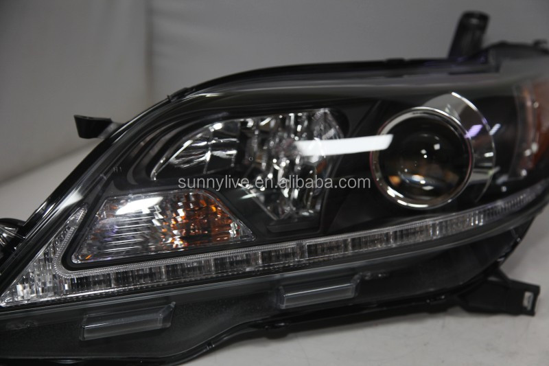 2015-2017 Year for TOYOTA Sienna LED Head Lights Black Housing SN