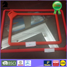 Tempered glass chopping board with silicone board