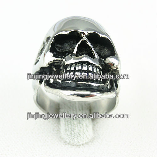 2015 fashion cheap stainless steel skull rings