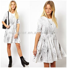 Smock Dress Swing In Cracked Print (M9049)