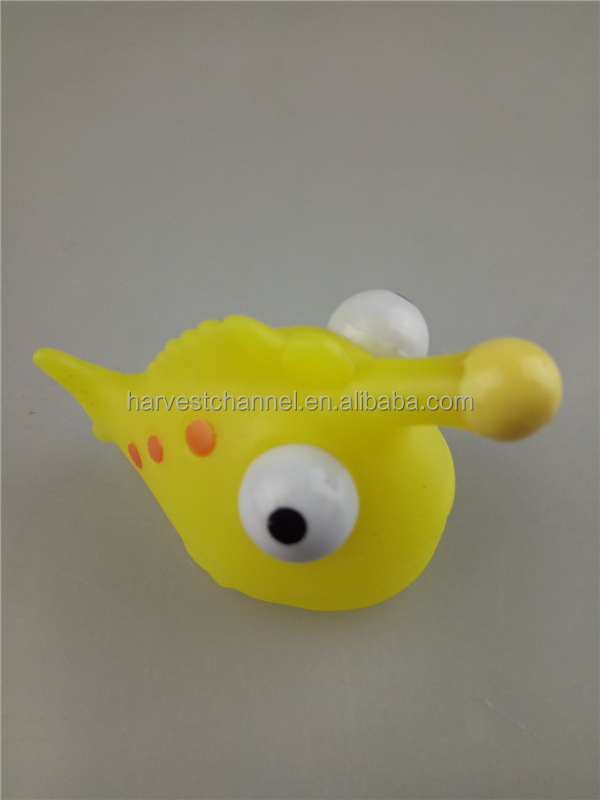 2016 vinyl fish shaped 3D toys with keychain