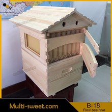 Plastic bee hive with honey outflow frames