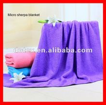 Delta Airline in cooperation Competitive price no pilling 20 times washing home use rose fleece blanket