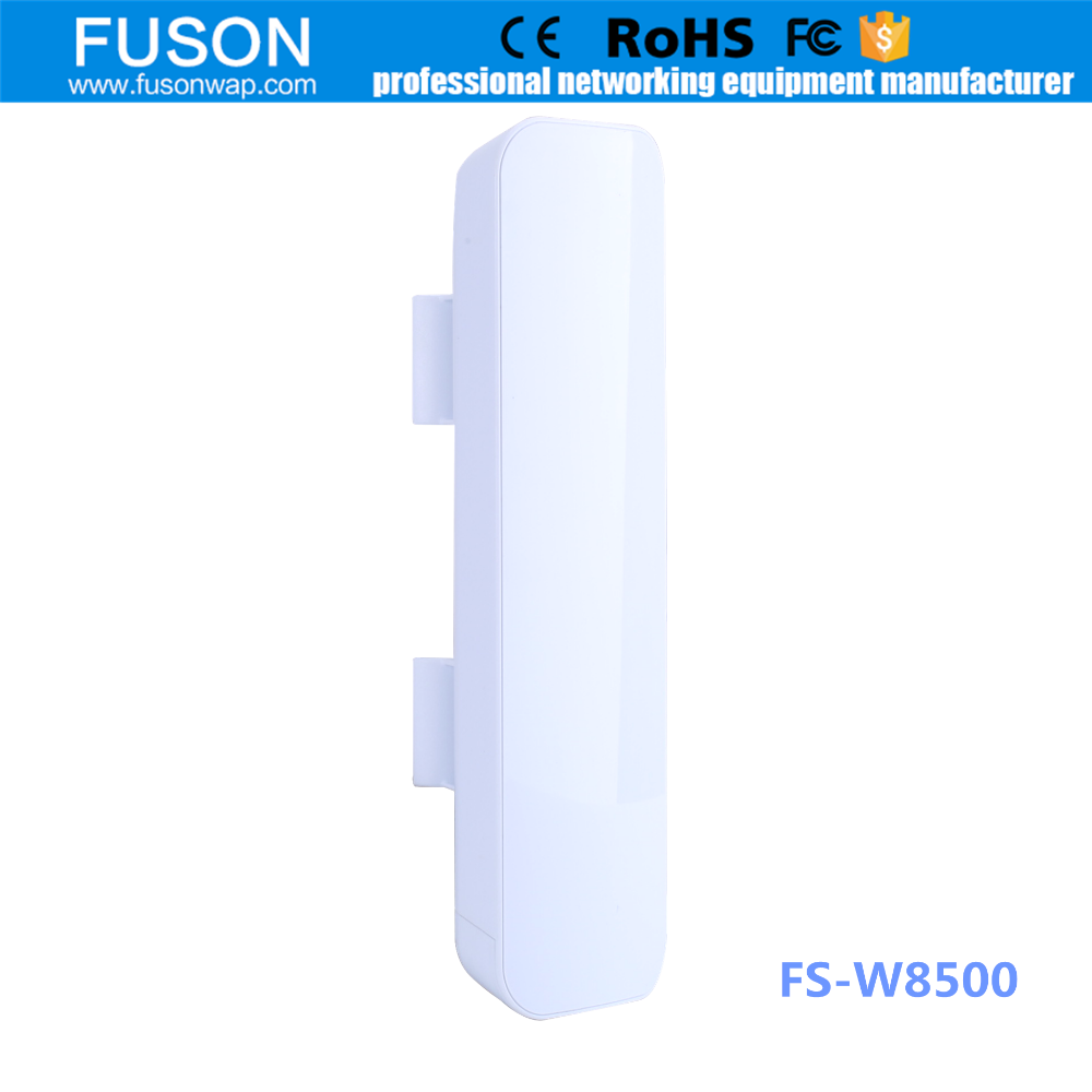 5.8Ghz wireless outdoor cpe antenna/access <strong>point</strong> 3Km wifi repeater with poe