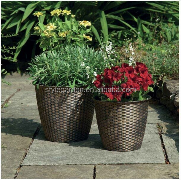 Pack of 2 Basket Weave Large Plastic Garden Planters wholesale