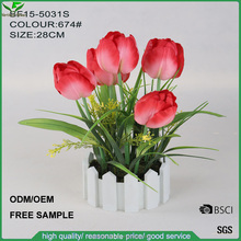Factory craft artificial red tulip flower bouquet with plastic pot for wedding decoration