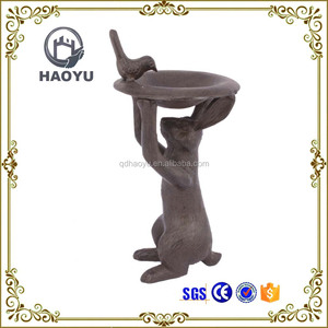 Metal art and handicrafts decorative rabbit shaped bird bath feeder