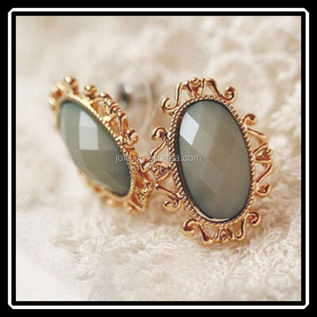 Vintage Design Gold Plated Oval Resin Earrings Jewelry With Hollow Flower Lace MGJ0114