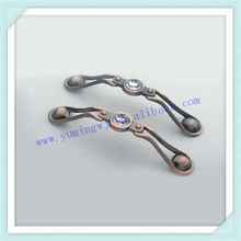 antique arc handle with white color diamond on the top face,classical ancient handle ,old style furniture hanldle ,pull