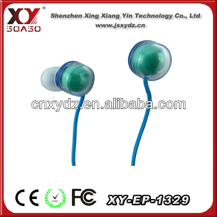 2013 High quality promotional earphone accessory