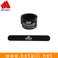 Cheap price wide silicone rubber bracelet slap snap bangle wristband with private label manufacturer