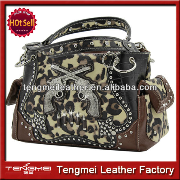 WESTERN STYLE CONCEALED WEAPON BLING STUDDED CAMOUFLAGE PURSE AND HANDBAG