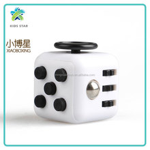 2017 Hot sell plastic Fidget Magic Cube Decompression Relax Infinite Cube fidget spinner toys for kids