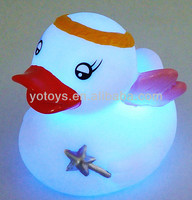 floating flashing toy/led light toys/baby led flashing toy