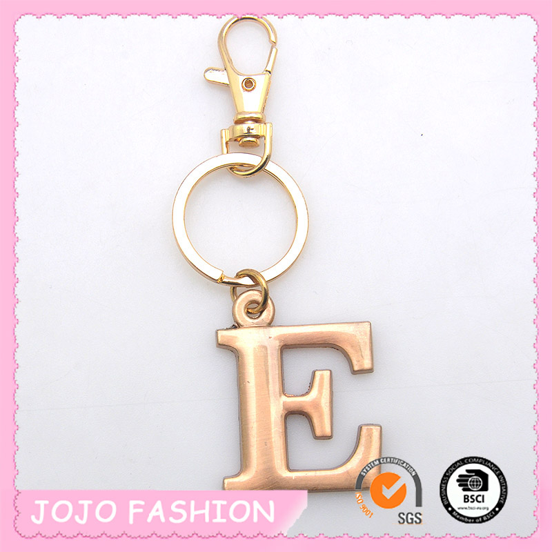 Fashion hot selling antique rose gold alloy E letter simple pendant key ring