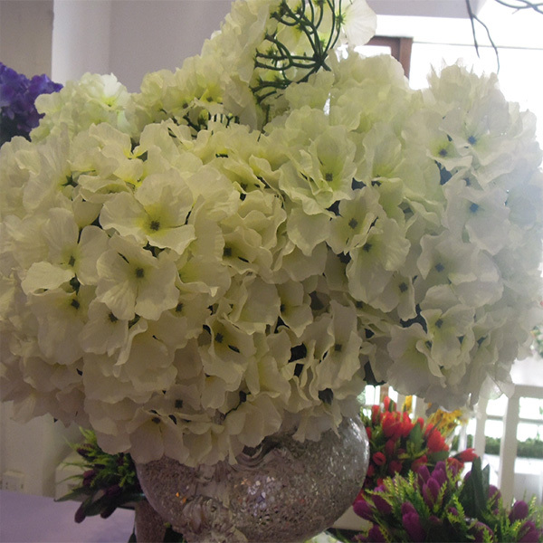fake fabric white hydrangea decoration