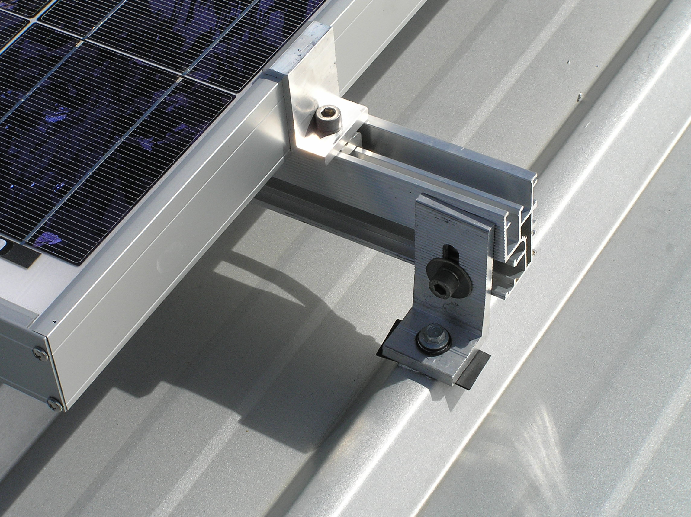 Adjustable end clamps for solar panel 25-45mm