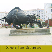 Large Size Polyresin Bull Statue Sculpture