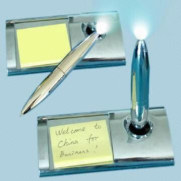 Stainless Steel Magnetic Floating Pen Holder And Metal Ball Pen With Notepad For Promotion
