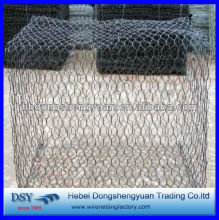 China Anping Professional Supply black vinyl coated poultry netting/hexagonal wire netting/chicken wir