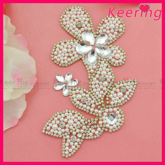 special fashion custom patch with rhinestone trim and pearl beaded applique patch WRP-016