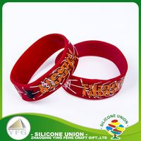 Favorable quality printing logo unique silicone men fashion bracelet