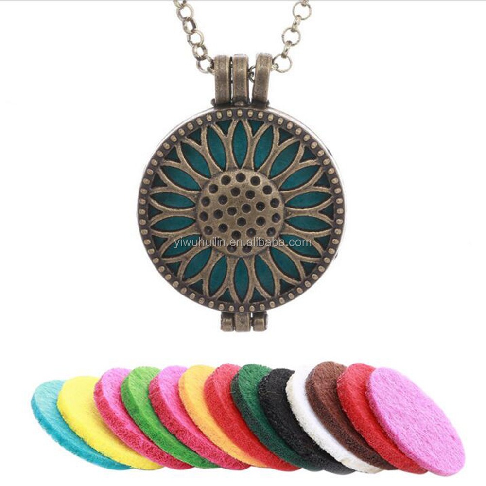 HX031 Yiwu Huilin Jewelry Sunflower aroma diffuser necklace locket hollow out box sweater chain jewelry