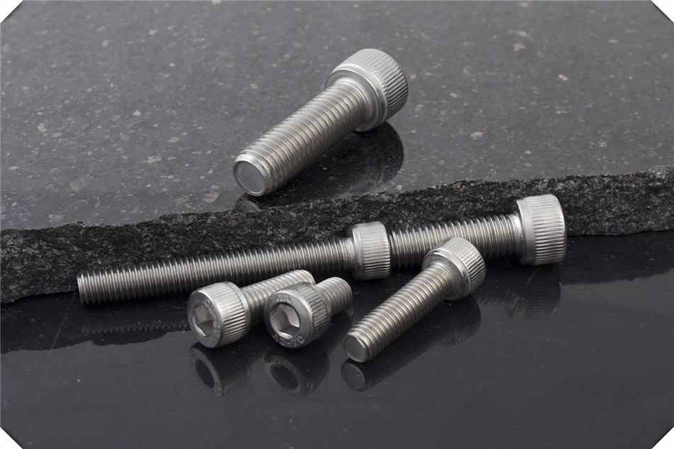 factory direct wholesale Standard size bolt and nut manufacturers