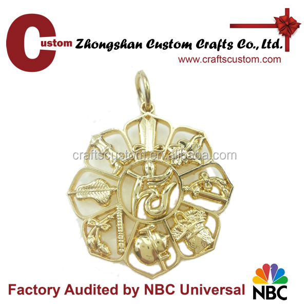 New and Fashion Design Zinc Alloy Jewelry Flower Shape cut out Metal Keychain