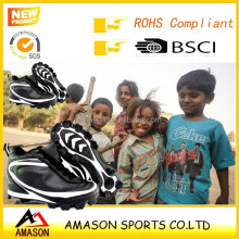 2015 professional indoor sports cricket shoes breathable cricket ball shoes in very competitive price for South Asia market