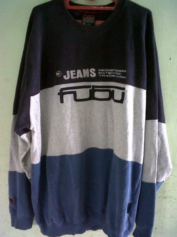 FUBU JEANS SWEATER
