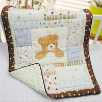 100% Cotton applique embroidery baby patchwork quilt for hot sale