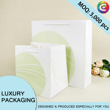 Customize different sizes printed large art paper bags for gift packaging