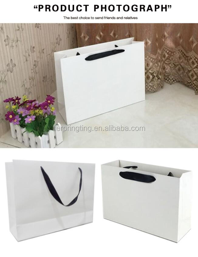 Custom printed cheap white packaging paper gift paper bag with handles