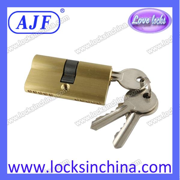 60mm brass cylinder for door lock.jpg