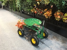 4-wheel Rolling Garden Work Seat Cart/Garden Cart with Seat
