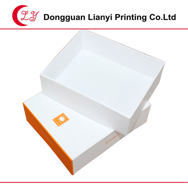 2015 hot sell new style eco-friendly recycle paper box gift box packaging box