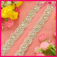 Graceful pearl beaded rhinestone appliques, wholesale rhinestone applique trimming WRA-510