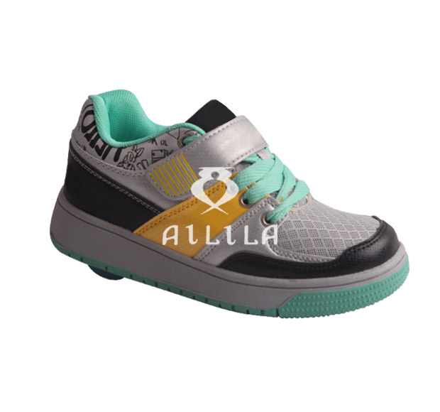 New Fashion 2016 kids wheel roller skate shoes