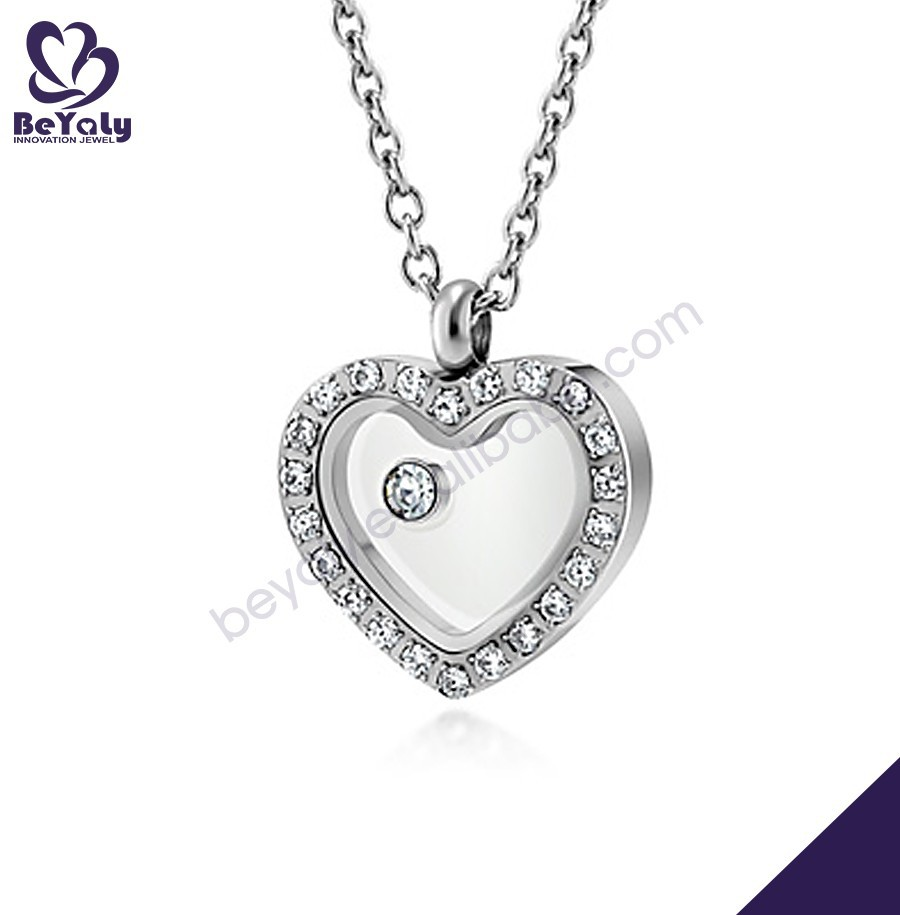 Chic heart shape zircon titanium necklace with plating