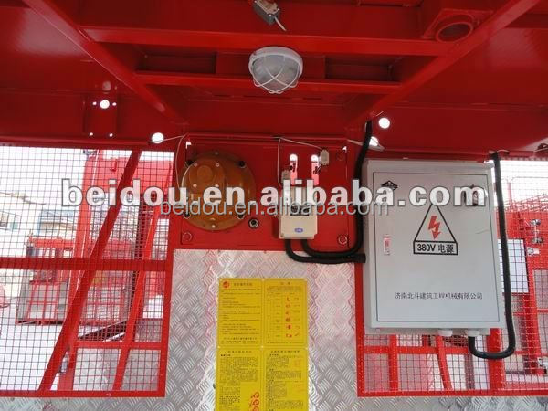 Large space of cabin of construction elevator lift and hoist with VVVF controlinverter