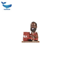 QDGY0040 HAOXUAN NBA basketball player resin bobble head with basketball